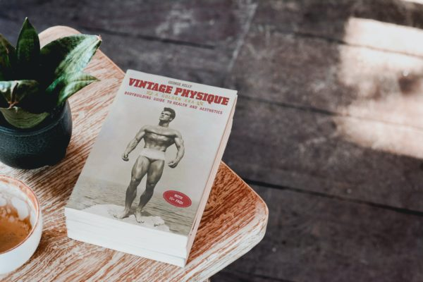 Vintage Physique A Golden Era Bodybuilding Guide to Health and Aesthetics 8